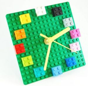 LEGO clock image from http://sustainablog.org/